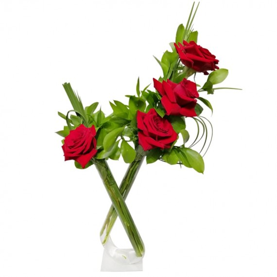 Double arrangement with 04 Colombian roses