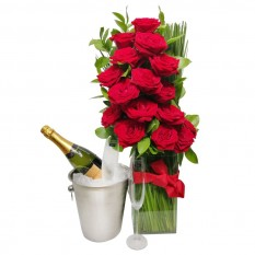 Arrangement with Colombian Roses, Stainless Steel Bucket, Chandon Champagne and 02 Glasses