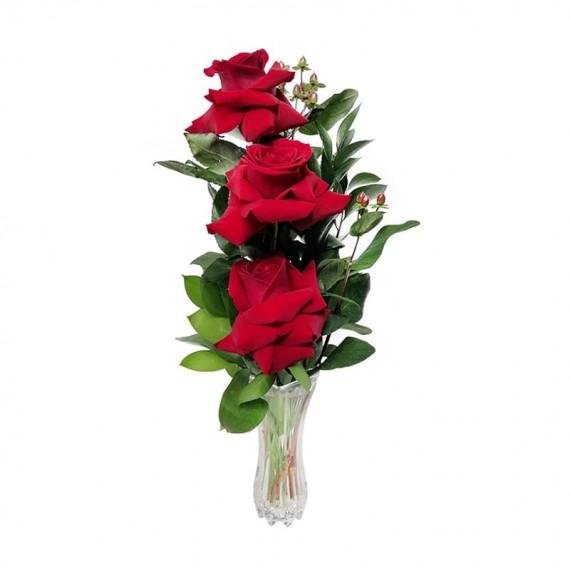 Arranjo com 3 verdadeiras Rosas Colombianas com vaso de vidro