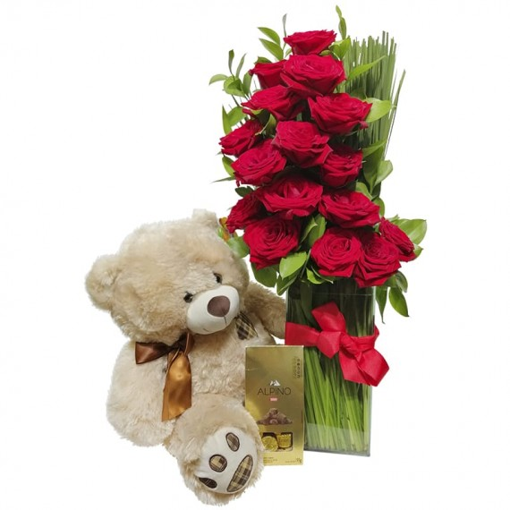 Arrangement with Colombian Roses, Teddy Bear and Alpino Chocolate