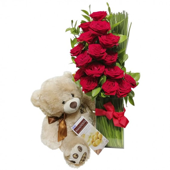 Arrangement with Colombian Roses, Teddy Bear and Amandita Chocolate