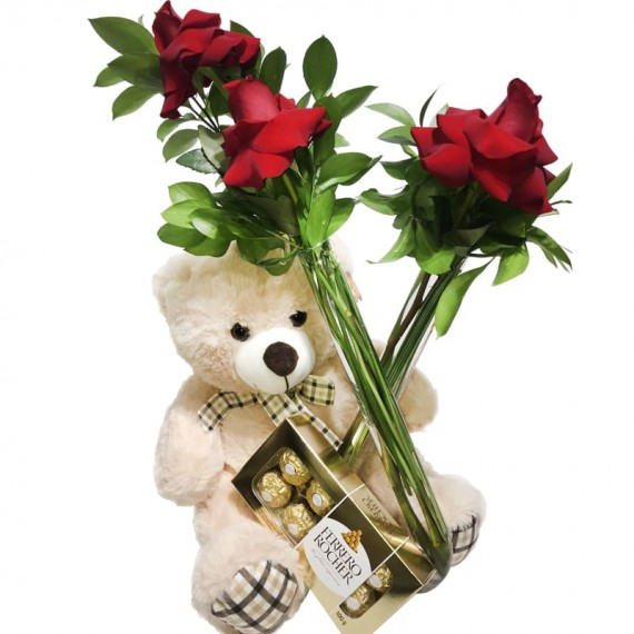 """Arrangement with Colombian Roses, Teddy Bear """"G"""" and Ferrero Rocher Tradicional"""