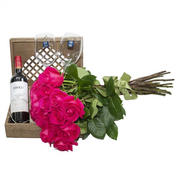 Elegance III Chest - with Viola Selection Wine, 02 glasses and Bouquet with 24 Pink National Roses