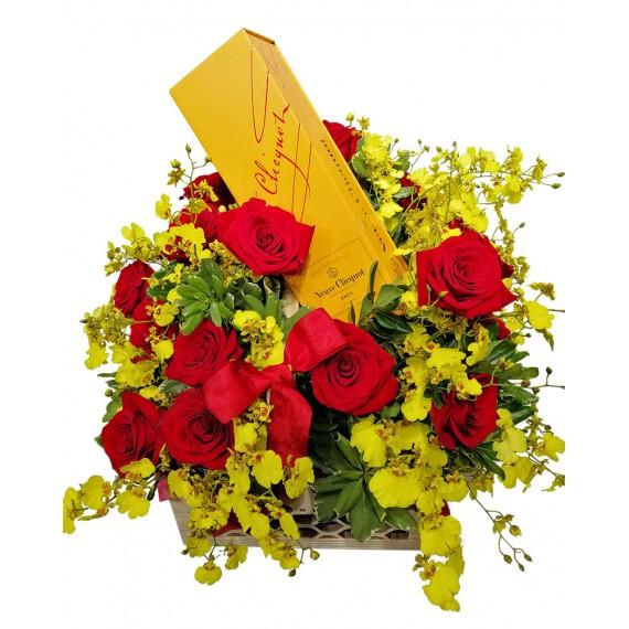 Cesta Luxo I - Rosas, Orquídea Chuva de Ouro e Champagne