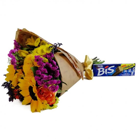 Hug Bouquet with chocolate Biss