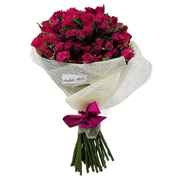 Buquê com Rosas Nacionais e Mini Rosas