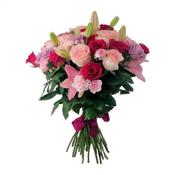 Buquê Rústico com Mini Rosas , Cravina e Rosas Nacionais