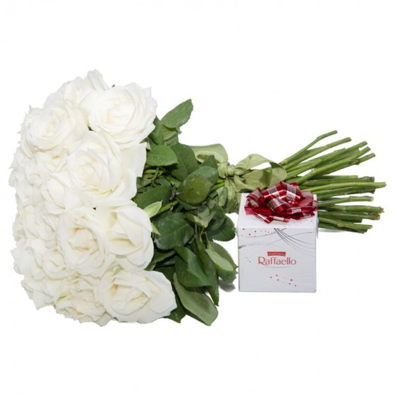 Rustic Bouquet White National Roses and Rafaello