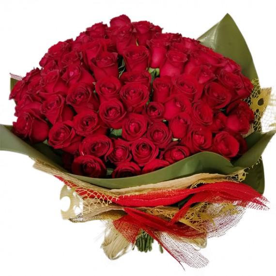 Mega buquê com 100 Rosas Nacionais